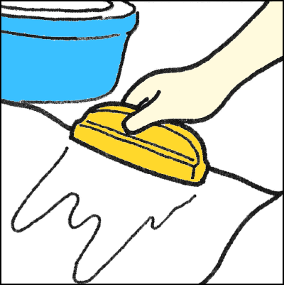 襖紙に水をつける