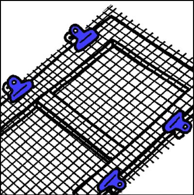 新しい網を仮止めする